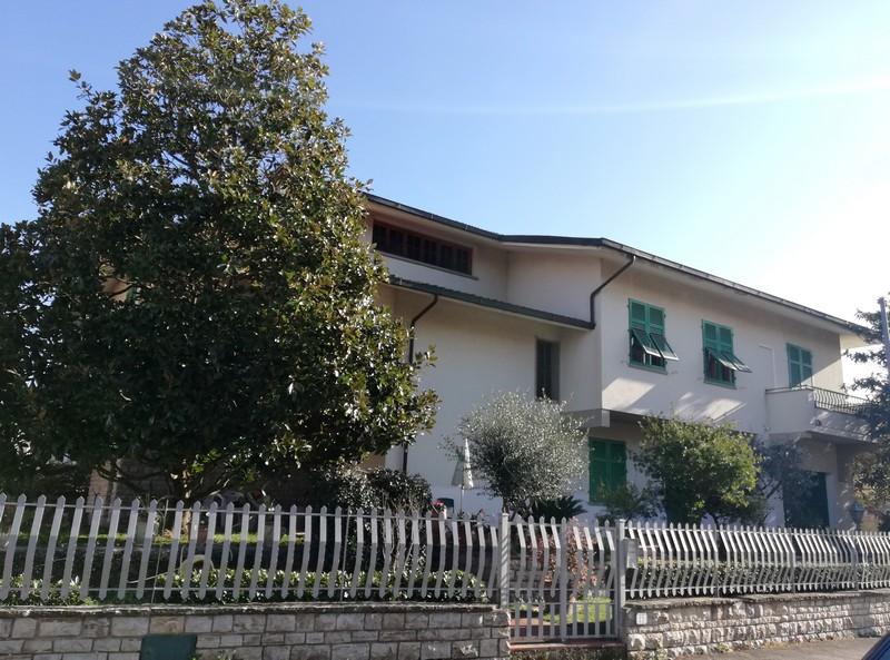 villa-empoli-010
