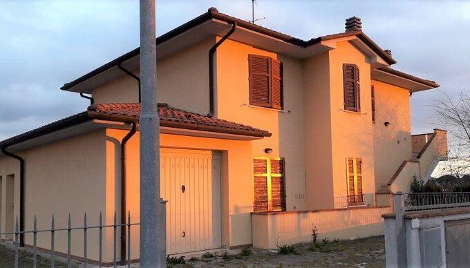 San Pierino - ampio bilocale in villetta