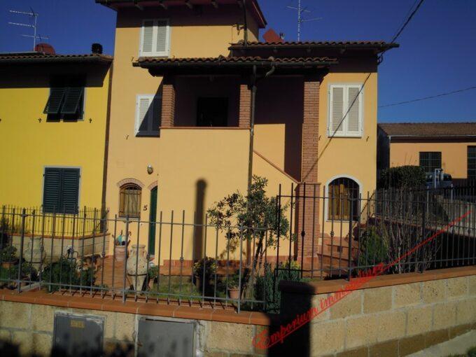 Cerreto Guidi - villa di recente costruzione